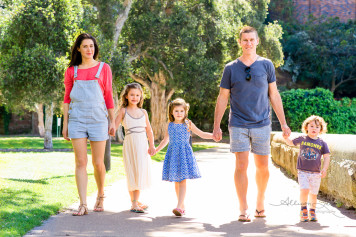 Family portrait in Rushcutters Bay Sydney